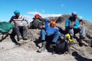 REMAX tour guides on Mount Kilimanjaro